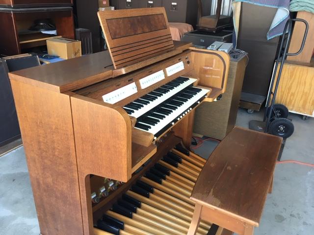 Organ Stop – Pre-owned Organs Catalog